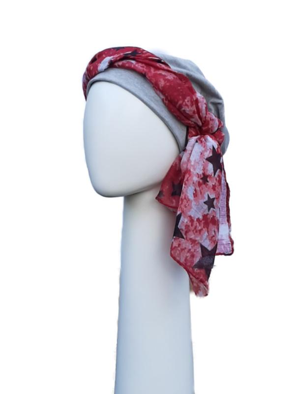 Top Tio grey & scarf stars red - chemo hat / alopecia headwear