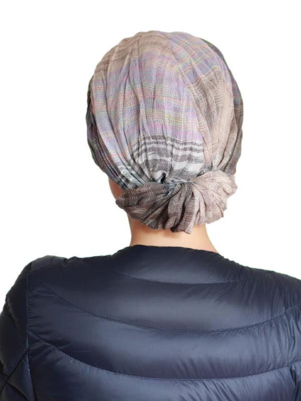 Top Mano print jeans - chemo mutsje / alopecia mutsje - EN